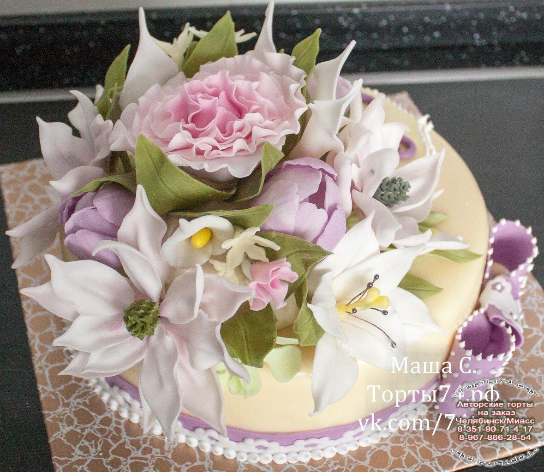 Торты на юбилей с цветами фото